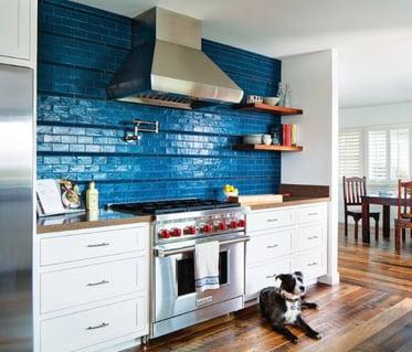 backsplash-design, kitchen-tile-design, blue-glass-tile, bold-color-in-homes, interior-design, interior-designer, oceanside-glasstile,