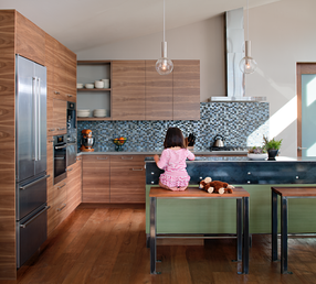 glass-tile, kitchen-backsplash, kitchen-design, heart-of-the-home, interior-design, blue-tile, oceanside-glasstile, glass-tile-design